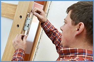 State Locksmith Services Orlando, FL 407-552-4023